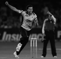 Amjad Khan released by Sussex